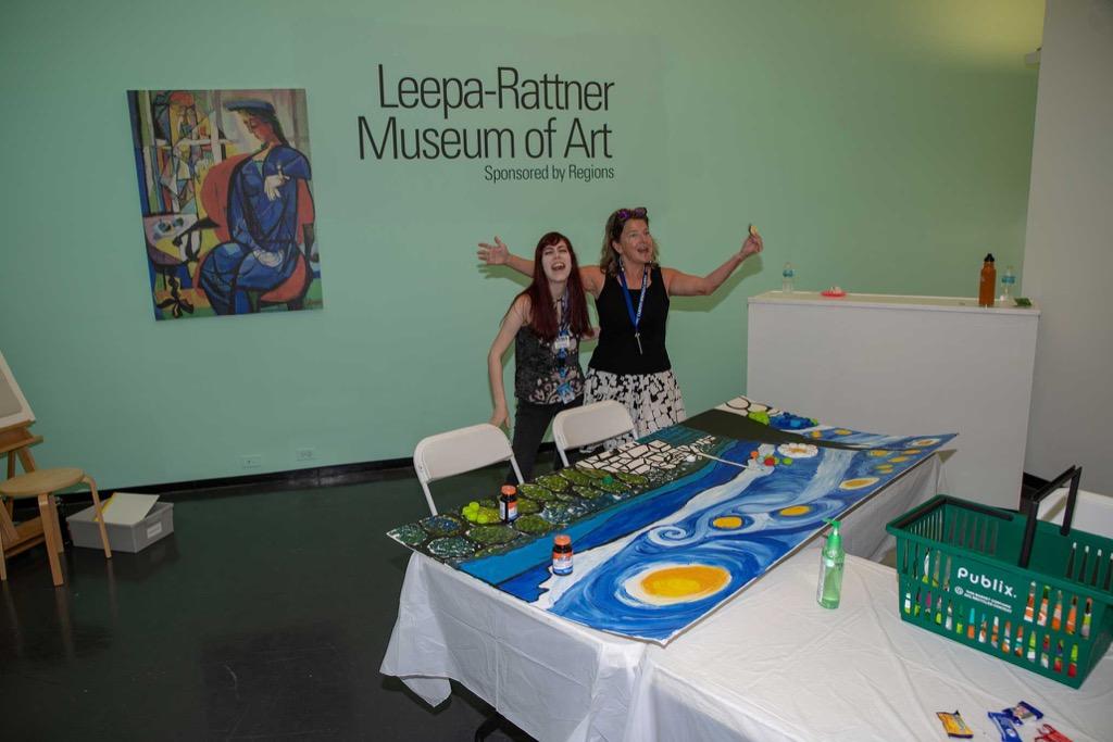 Leepa Ratner volunteers